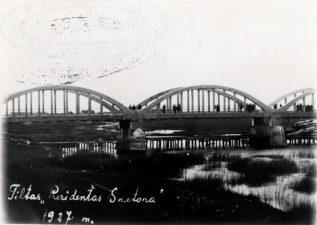 """15. Tiltas """"Prezidentas Smetona"""" per Mūšą. 1927 m."""