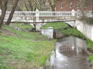 5. Tiltas per Svalios upę