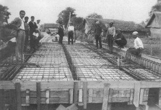 4. Rovėjos tilto statyba ties Parovėja. 1929 m.