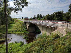 9. Tiltas per Apaščią, kelias Biržai–Nemunėlio Radviliškis. 2017 08 04