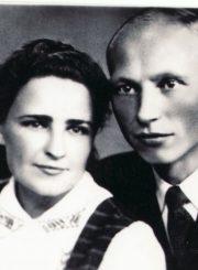 4.D. Vaitelis su žmona Aleksandra Urbonaite. Nuotrauka iš Panevėžio kraštotyros muziejaus rinkinio