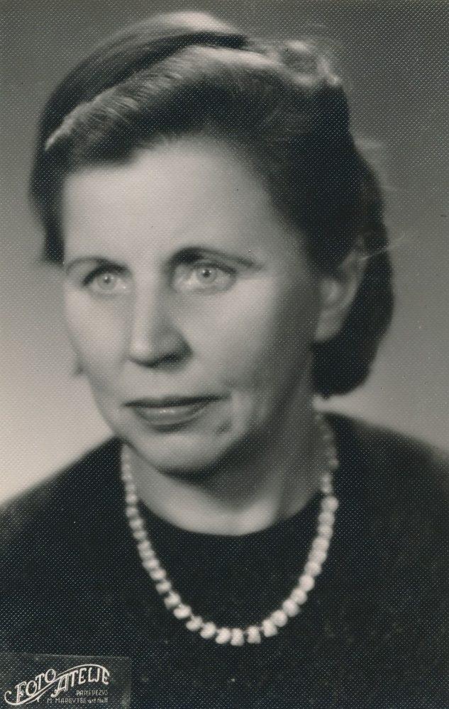 Emilija Šukytė-Juzulėnienė. Panevėžys. 1966 m. PAVB F116-40