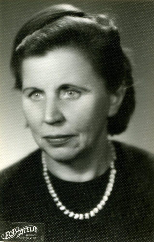 Emilija Šukytė-Juzulėnienė. Panevėžys. 1966 m. PAVB F116-40/3