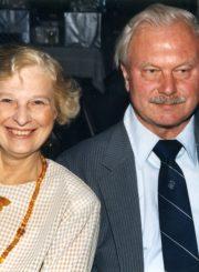 Nijolė Jankutė-Užubalienė su vyru Vladu Užubaliu. Čikaga, 1997 m.
