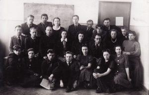 Teatro kolektyvas Repeticijų salėje. 1941 02 23. PAVB FKV-441/3