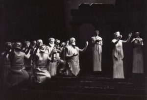 Scena iš spektaklio. Fotogr. Kazimiero Vitkaus. PAVB FKV-214/1-10