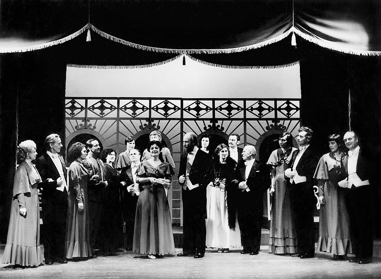 Panevėžio operetės liaudies teatras