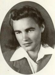 Kotryna Dičkienė. Panevėžys. Apie 1949–1950 m. Nuotrauka iš Janinos Dičkutės-Gagilienės asmeninio archyvo