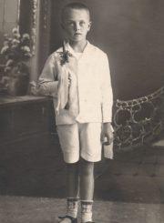 Vytautas Karka. Pirmosios Komunijos nuotrauka. Panevėžys, 1927 m. PAVB FKV-F12-266