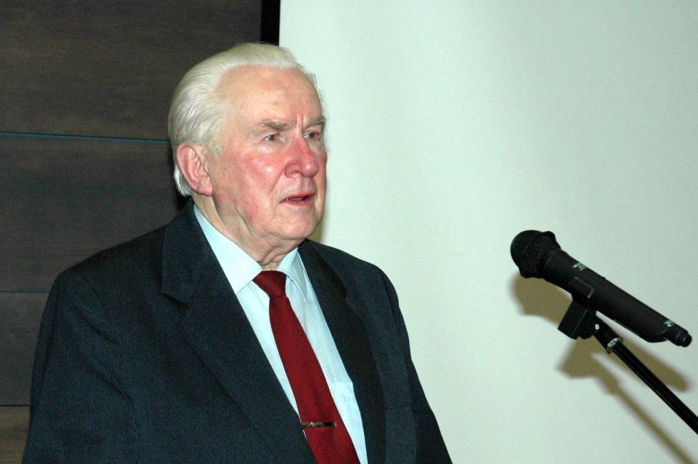 Pedagogas, kraštotyrininkas Vytautas Baliūnas. Panevėžys. 2008 m. Panevėžio apskrities G. Petkevičaitės-Bitės viešosios bibliotekos skaitmeninis archyvas
