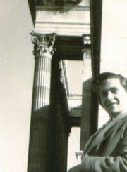 Vytautas Osvaldas Virkau Miunchene. 1947 m. Panevėžio apskrities Gabrielės Petkevičaitės-Bitės viešoji biblioteka. Algirdo Neveravičiaus fondas F143-699