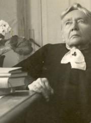 Gabrielė Petkevičaitė-Bitė. Apie 1940 m. MLLM, PKM