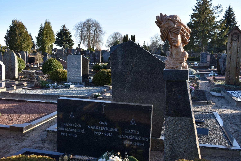 Kazio Naruševičiaus antkapinis paminklas. Astos Rimkūnienės nuotrauka