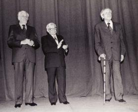 V. Blėdis (viduryje) su Kazimieru Vitkumi (kairėje) ir Juozu Miltiniu. Apie 1987-1992 m. PAVB FJM-1018/19