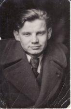 """Vaclovas Blėdis po spektaklio """"Revizorius"""" premjeros. 1946 04 29. PAVB FKV-437/54"""