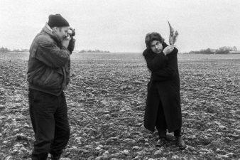 Algimantas Aleksandravičius ir Stasys Eidrigevičius. Lepšių kaimas, Panevėžio raj. 1992 m.