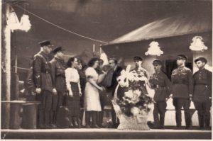 """""""Sidabrinis slėnis"""" – pirmasis Panevėžio dramos teatro spektaklis teatro atidarymui. 1941 03 15. PAVB FJM-1019/29"""