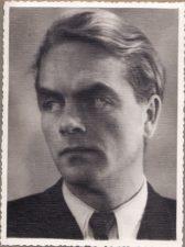 Vytautas Karka (1919–1977). Teatre 1943–1957 m. PAVB FKV-398/77