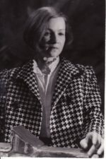 Eleonora Matulaitė (g. 1938). Teatre 1961–2019 m. Fotogr. Kazimiero Vitkaus. PAVB FKV-405/6