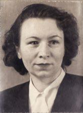 Paulina Končiūtė. Teatre 1940–1945 m. PAVB FKV-398/70