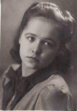 Konstancija Kučinskaitė. Teatre 1940–1943 m. PAVB FKV-398/69
