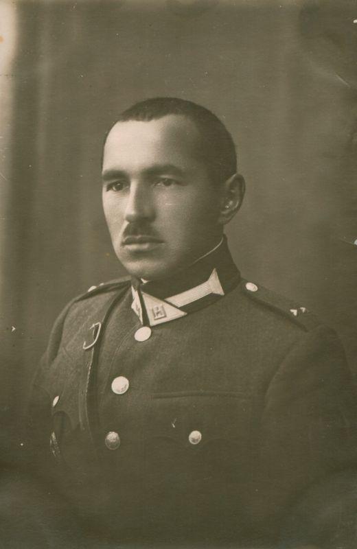 Karininkas, rašytojas Juozas Balčiūnas-Švaistas. Apie 1930 m. Maironio lietuvių literatūros muziejus, MLLM F3 18452