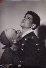 """B. Jonsonas """"Sukčiaus testamentas"""" (""""Volponė"""", rež. Juozas Miltinis 1941–1974 m.), 1941 m. Kazimieras Vitkus – Korbačijo, Bronius Babkauskas – Moska. PAVB FKV-433/68"""