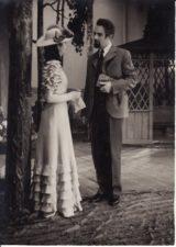 """A. Čechovas """"Žuvėdra"""" (rež. Juozas Miltinis), 1954 m. Laimutė Liesytė – Zarečnaja, Bronius Babkauskas – Trigorinas. Fotogr. Kazimiero Vitkaus. PAVB FKV-120/14-4"""