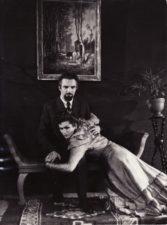 """A. Čechovas """"Žuvėdra"""" (rež. Juozas Miltinis), 1954 m. Bronius Babkauskas – Trigorinas, Eugenija Šulgaitė – Arkadina. Fotogr. Kazimiero Vitkaus. PAVB FKV-457/3"""