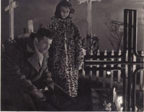 """Bronius Babkauskas – Vilkišius filme """"Svetimi"""" (rež. Marijonas Giedrys). 1961 m. PAVB F54-38-2"""