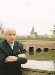 Monsinjoras Jonas Juodelis Kordoboje (Ispanija). Apie 2000 m. Panevėžio apskrities Gabrielės Petkevičaitės-Bitės viešoji biblioteka, Jono Juodelio fondas F121-169