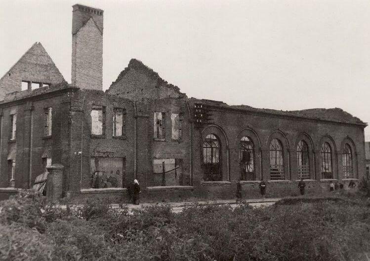 Sugriauta Panevėžio elektrinė. Nuotrauka iš Panevėžio kraštotyros muziejaus rinkinių