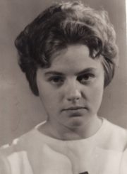 Gražina Urbonavičiūtė. Panevėžys, 1965 m. Fotogr. Kazimiero Vitkaus. PAVB FKV-401/11-1